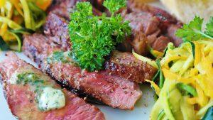 המלצת העורך: מסעדת לחם בשר בנמל תל אביב